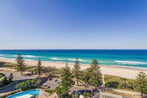 Broadbeach Apartments 3 Bdrm 05